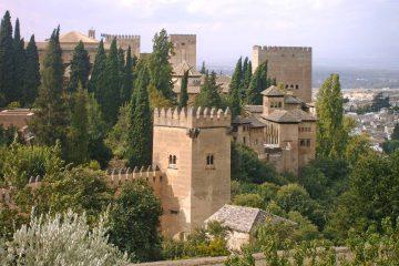 Zones gratuites de l'Alhambra – Visite Privée - wanderlust Granada tours
